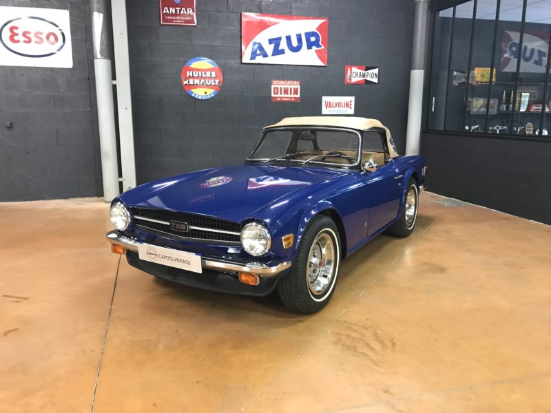 Triumph TR6 Blue – Avant