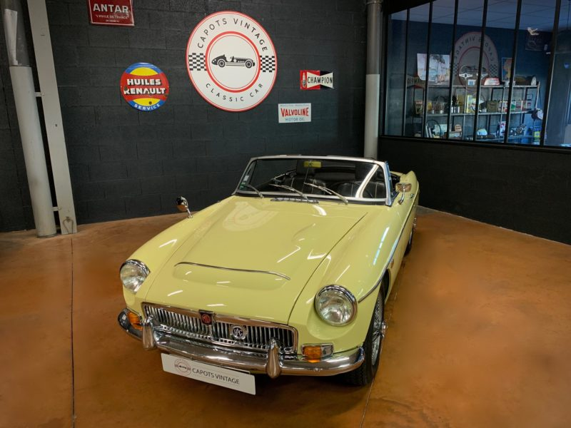 MGC Cabriolet – Avant