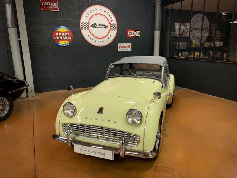 Triumph TR3A – Avant